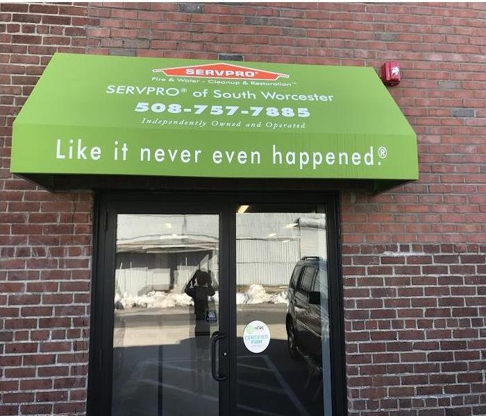 Doorway with SERVPRO of Worcester Awning